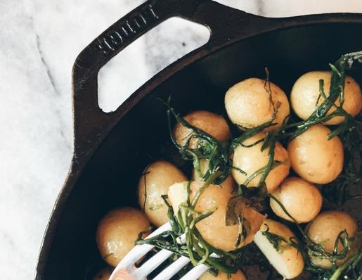 agretti in padella e patate novelle