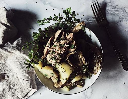insalata di carciofi, tonno e patate (calda)